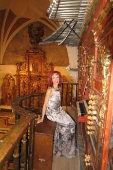 Pilar Montoya órgano